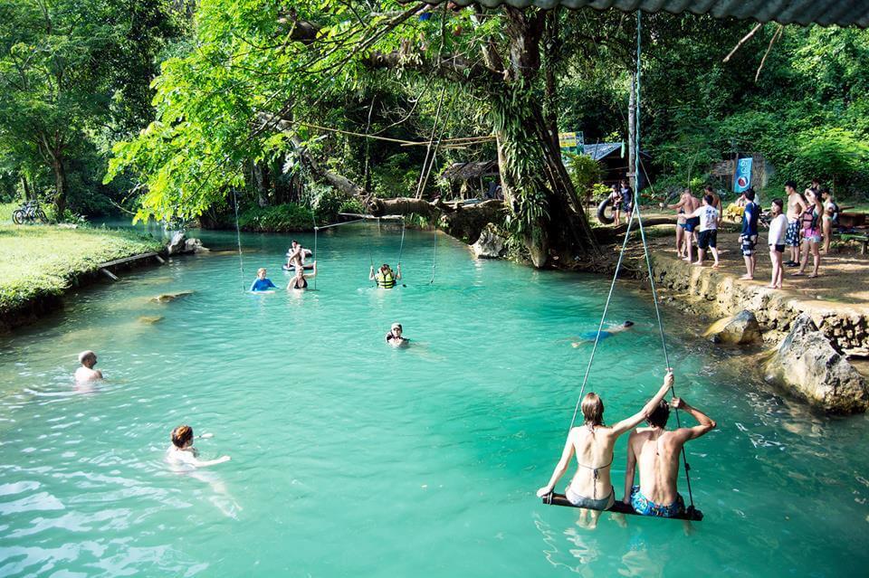 Blue Lagoon in Vang Vieng 2