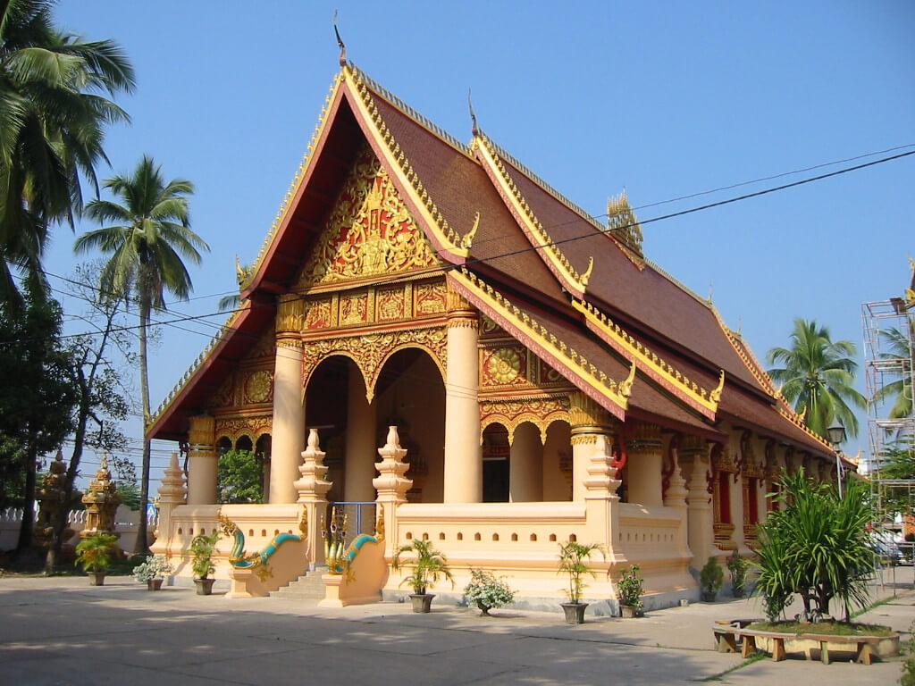 Wat Si Muang 1