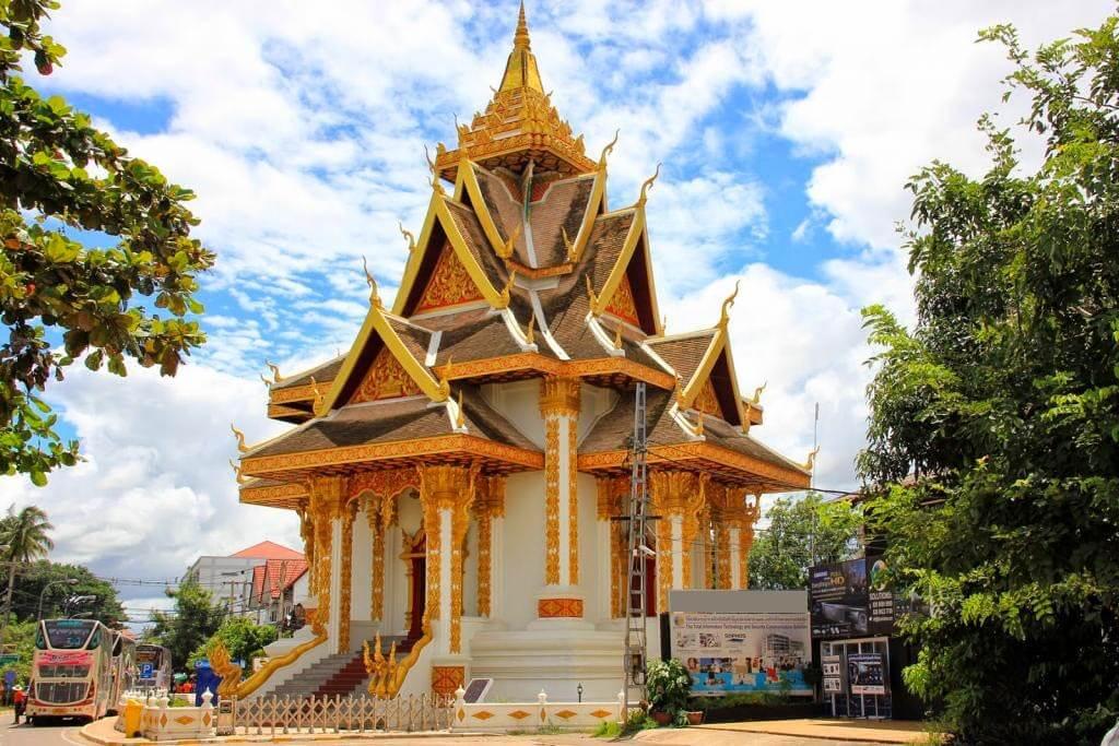 Wat Si Muang 2