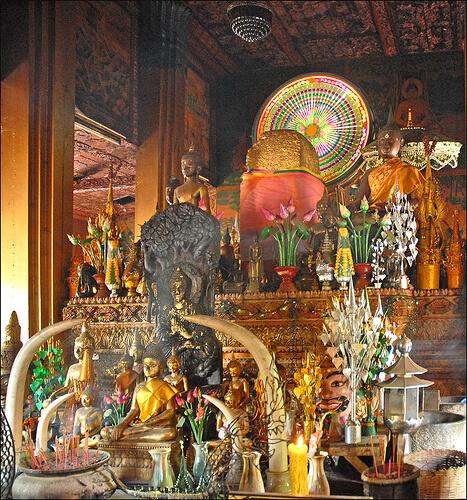 Wat Si Muang 4