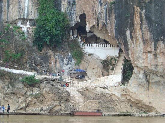 Pak Ou Caves 1