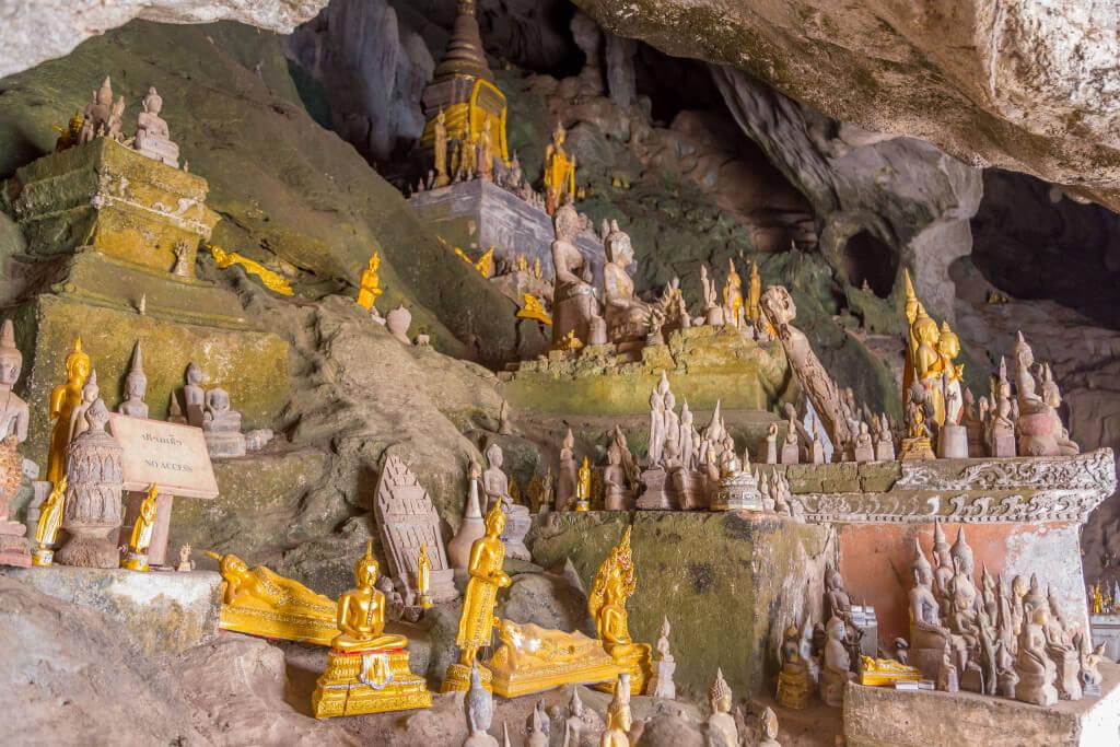 Pak Ou Caves 3