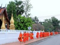 Day 3: Tak Bat - Luang Prabang Temples (B)