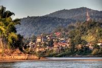 Day 6: Chiang Rai - Houi Xei - Pak Beng (B,L)